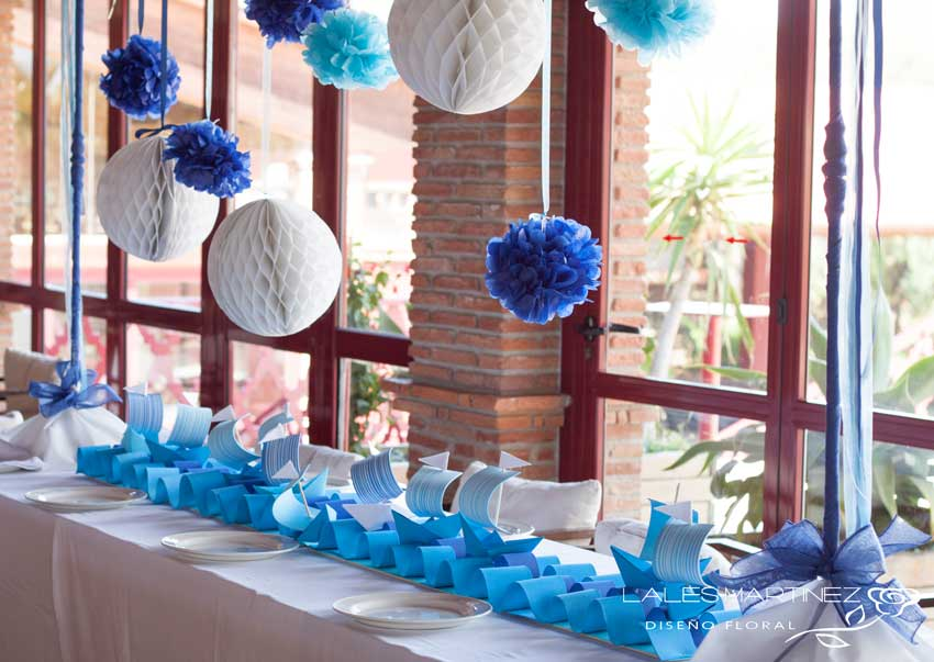 Lales martinez comuniones en azul - Mesas para comuniones ...
