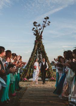 Ceremonia de estilo Boho en Los Genoveses
