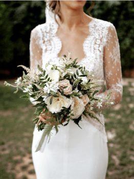 ramo de novia de rosas de jardín