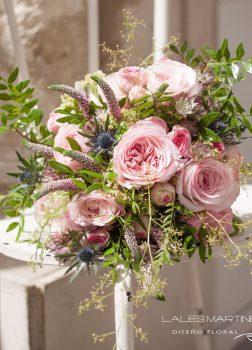 Ramo de novia rosas de jardín y mini rosas